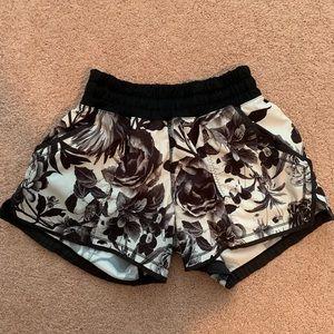 Lululemon Shorts !!